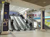 фото замовити рекламу в торгових центрах